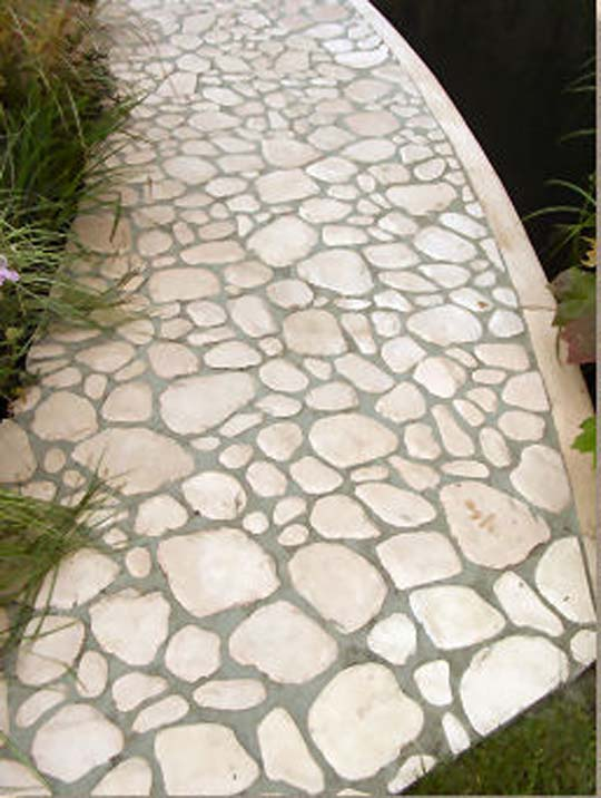 Beautiful garden with paving dhomedesigns for Garden paving designs